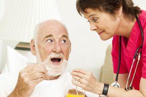 забота о пожилом человеке