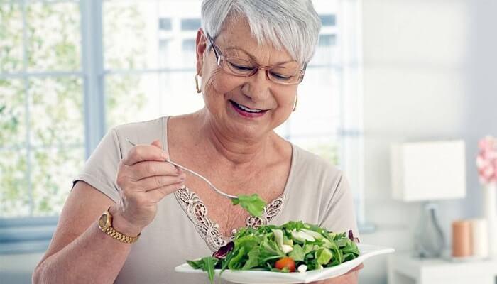 профилактика запора у пожилых