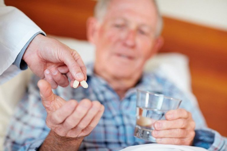 уход за пожилым после инфаркта
